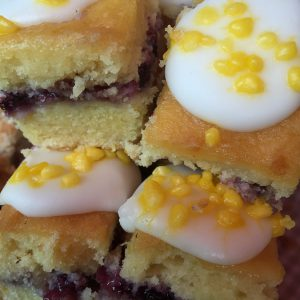Lemon & Blueberry Drizzle