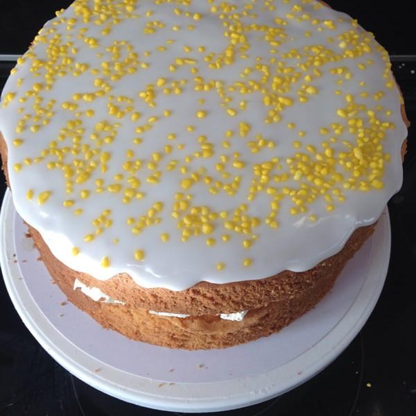 lemon-blueberry-drizzle-cake-600x600